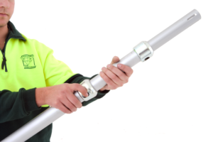To release the lock, raise the inner pole slightly and lift the release ring. For safety hold the inner pole firmly while raising or lowering the height.
